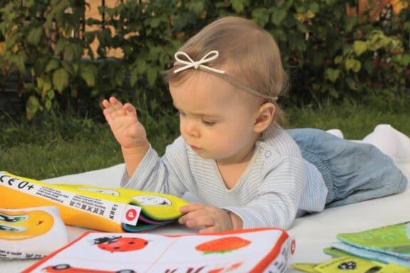 Voorlezen aan baby's en peuters: zo doe je dat